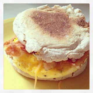 How to Make a Homemade Egg McMuffin