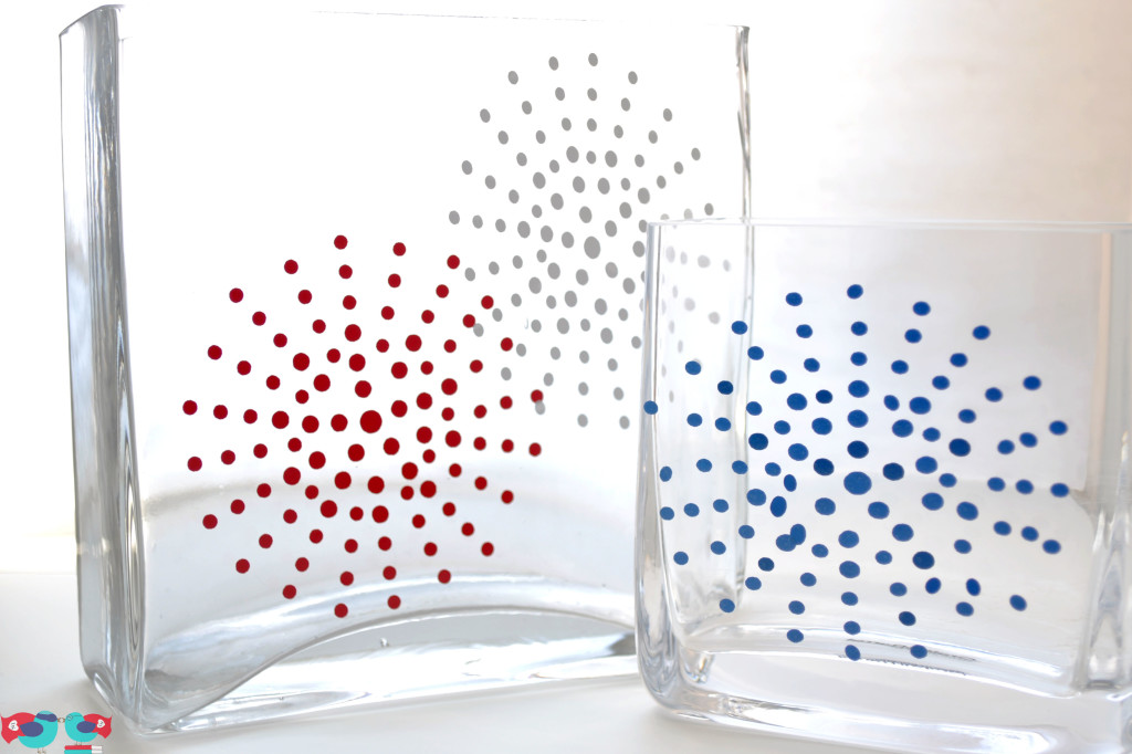 Glass Vases decorated for 4th of July Fireworks using Vinyl and the Silhouette @ thelovenerds.com