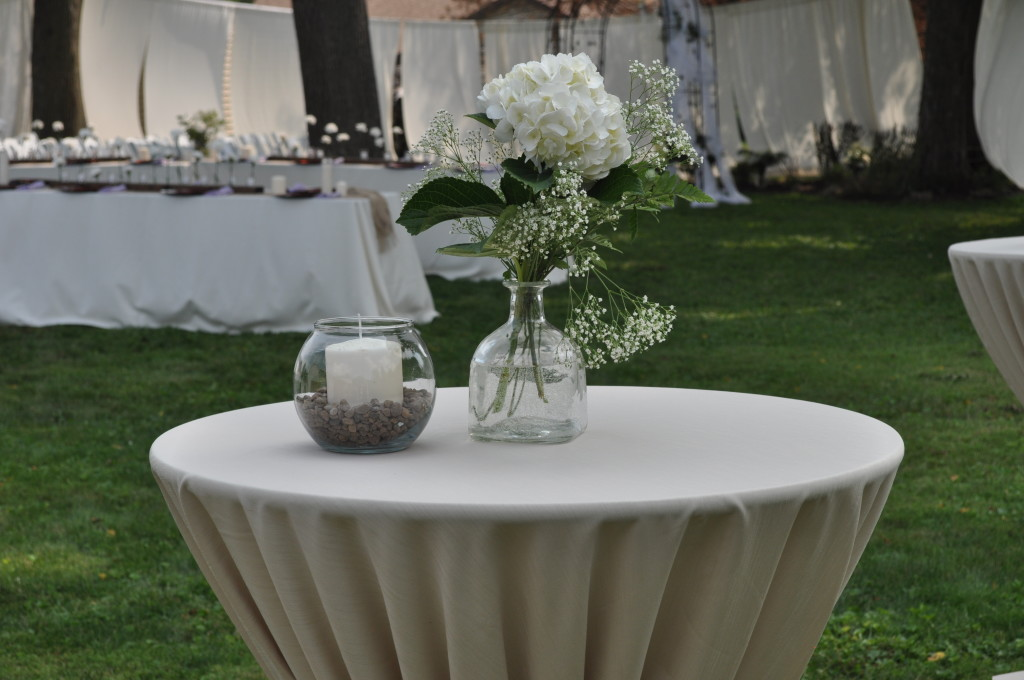 Rustic Backyard Wedding @ The Love Nerds