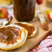 Homemade Apple Butter in Slow Cooker