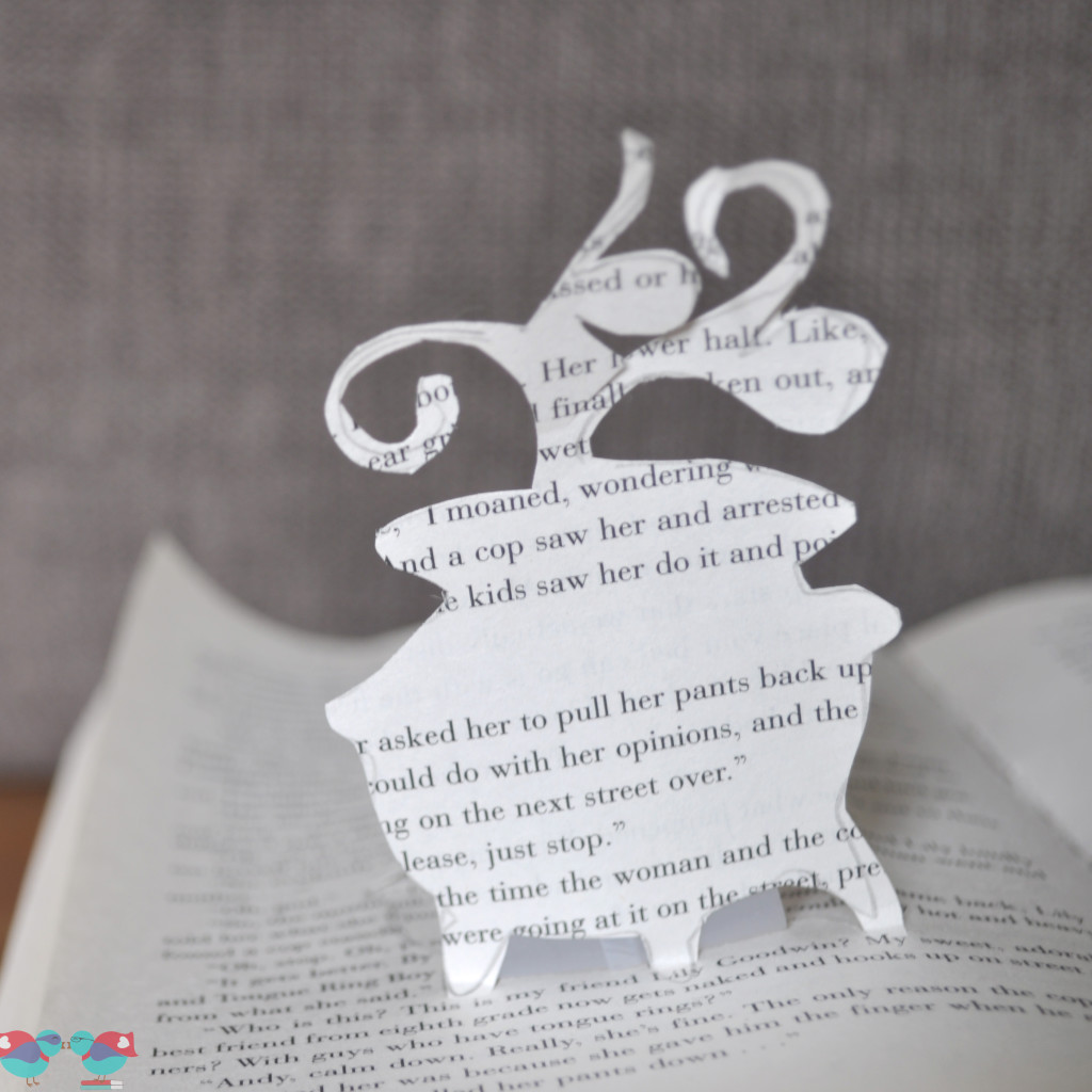 Halloween Decor - A Witchy Pop Up Book. From The Love Nerds (http://blog.thelovenerds.com}