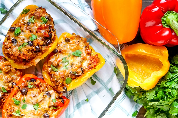 Hearty Turkey Stuffed Peppers - This dinner idea is one of my favorite comfort food meals! Plus, it makes delicious leftovers! | The Love Nerds #ad #MealsWithMinute