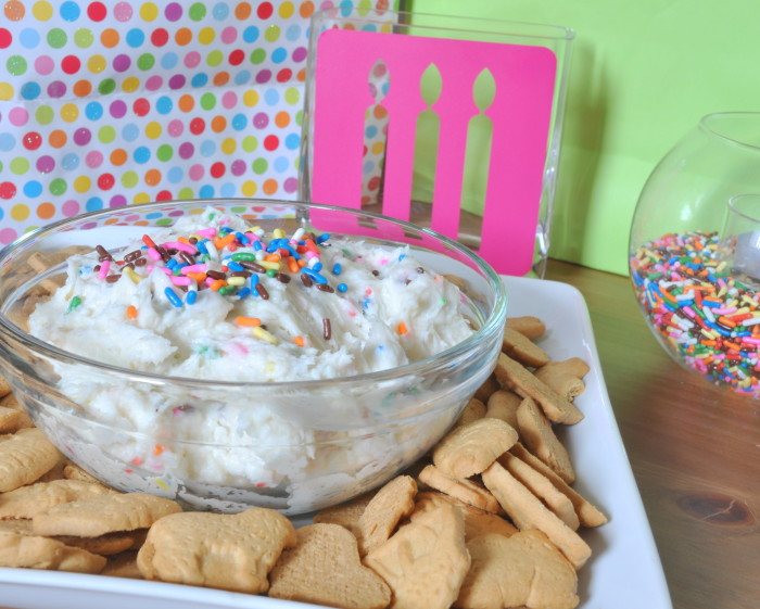Funfetti Cheesecake Dip - A Colorful and Delicious cake batter dip! Makes a great birthday treat! {The Love Nerds} #birthdaytreat #dessertrecipe