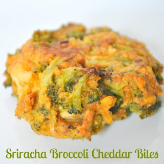 Sriracha Broccoli Cheddar Bites - Give your vegetables a little kick with Sriracha Sauce. These became an instant fave of my husband who doesn't eat many vegetables. {The Love Nerds} #Srirachasauce #broccolirecipe #recipe #sidedish