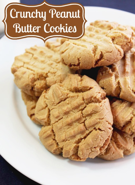 Crunchy Peanut Butter Cookies {The Love Nerds} #cookierecipe #peanutbutter #dessert