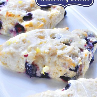 Delicious Glazed Lemon BlueBerry Scones {The Love Nerds} #recipe #scones #breakfast #pastry