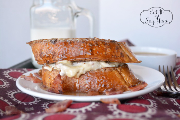 Maple-and-Bacon-Stuffed-French-Toast