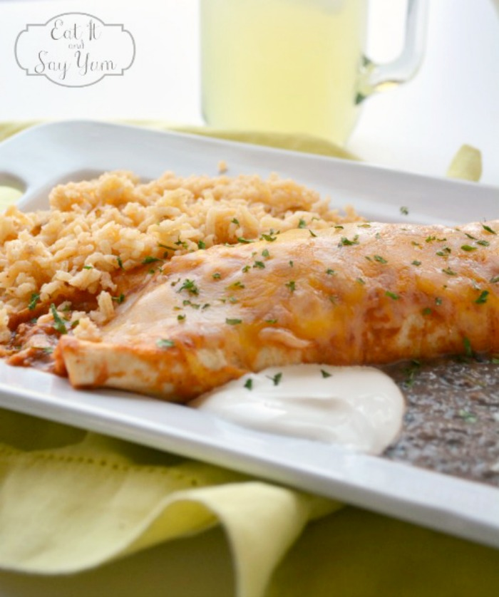 Easy Chicken Enchiladas - Delicious meal to add to your menu rotation! {The Love Nerds} #recipe #mexicaninspired #enchiladas
