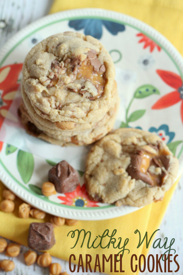 These-Milky-Way-Caramel-Cookies-are-DELICIOUS-lilluna.com-