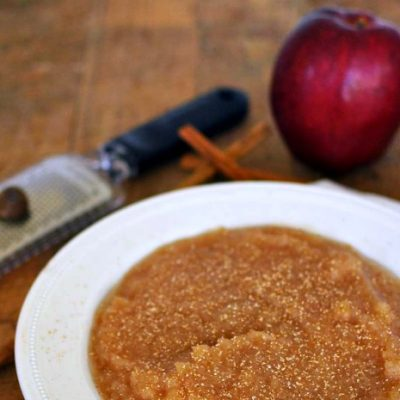 Slow Cooker Homemade Applesauce