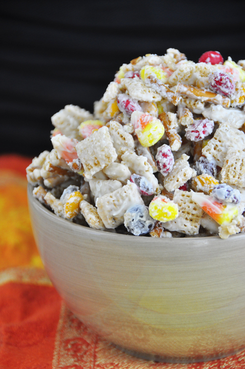 50 Leftover Candy Recipes - A collection of delicious treats and dessert recipes to make with candy! {The Love Nerds}