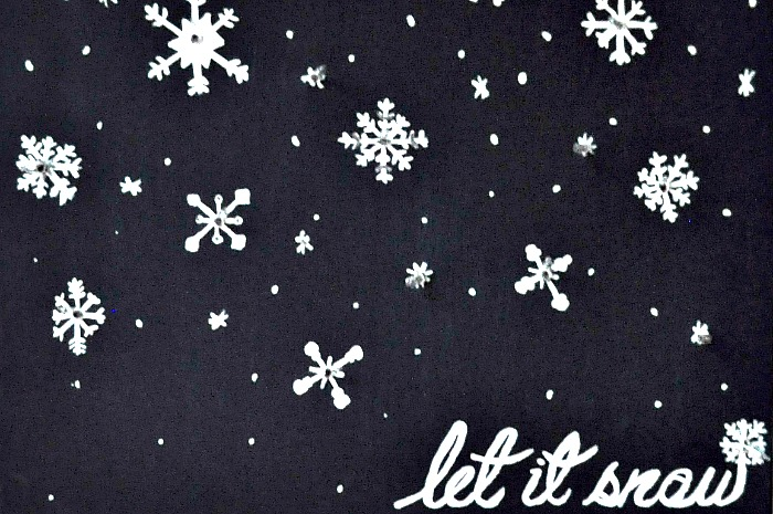 Let It Snow – Lighted Snowflake Canvas