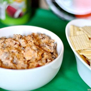 Ready.Set.Eat! BBQ Bacon Cheeseburger Dip for the Big Game!