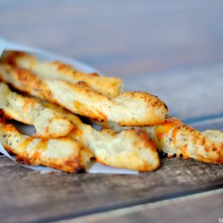 Herbed Cheese Straws + A Date Night Blog Hop