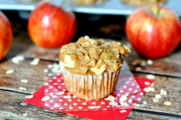 "Dutch Apple Pie Muffins - A healthier way to start your morning off with a ""dessert""! Plus, I'm sharing 4 Tips for a stronger morning routine! {The Love Nerds} #McCafeMyWay #Ad"