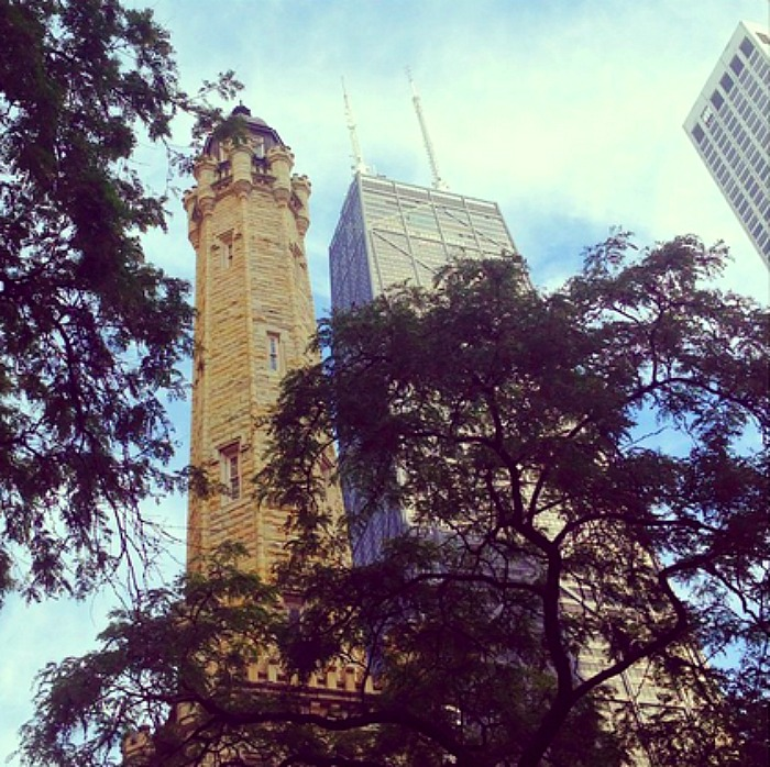 7 Reasons to Stay on Chicago's Magnificent Mile! #spon #travelnerds