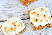 Carrot Cake Cookie Bars