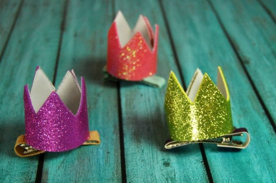 Make a Mini Crown Hair Clip easily with foam sheets!! It's perfect for birthday celebrations or fun pretend play with your little one!