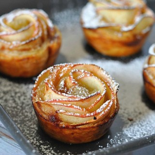 Apple Rose Pastry FEATURE