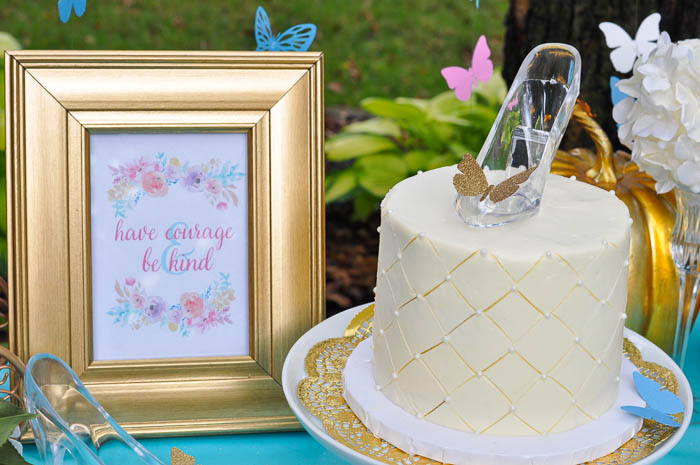 Free Cinderella Printables - 5 corresponding designs with quotes from the New Cinderella Movie that are perfect for both home decor and party decor!   The Love Nerds