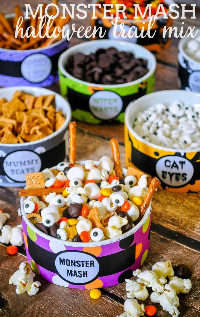 Monster mash a fun and easy halloween trail mix the for Fun halloween treats to make with toddlers