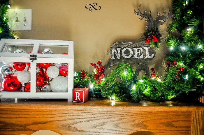 Prepare for Holiday Guests - Enjoy festive time with your guests by preparing early and spreading some holiday cheer! | The Love Nerds #ad #AtHomeforChristmas #AtHomeFinds