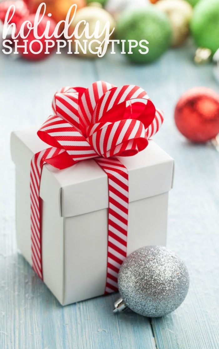 Holiday Shopping Tips - Stay focused and on budget with these tips for your Holiday Shopping!   The Love Nerds