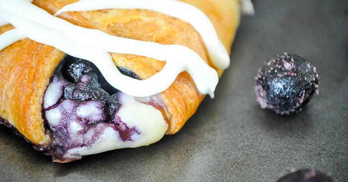 Blueberry Cream Cheese Danish Braid - Nothing beats a warm pastry for brunch, except maybe an easy one like this! | The Love Nerds #ad #warmtraditions