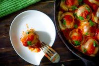 One Pan Chicken Parmesan Meatballs