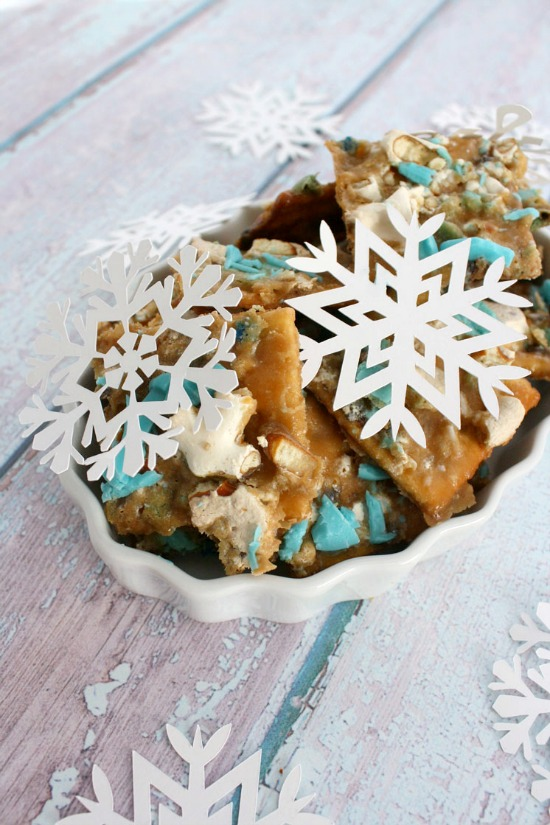 Frozen Fever Continues - Check out these Delicious Frozen Recipes that everyone will love! | The Love Nerds