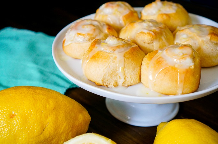 Easy Lemon Cinnamon Rolls - A quick way to brighten up your weekend brunch! | The Love Nerds