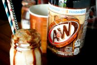 Summer Root Beer Float Bar