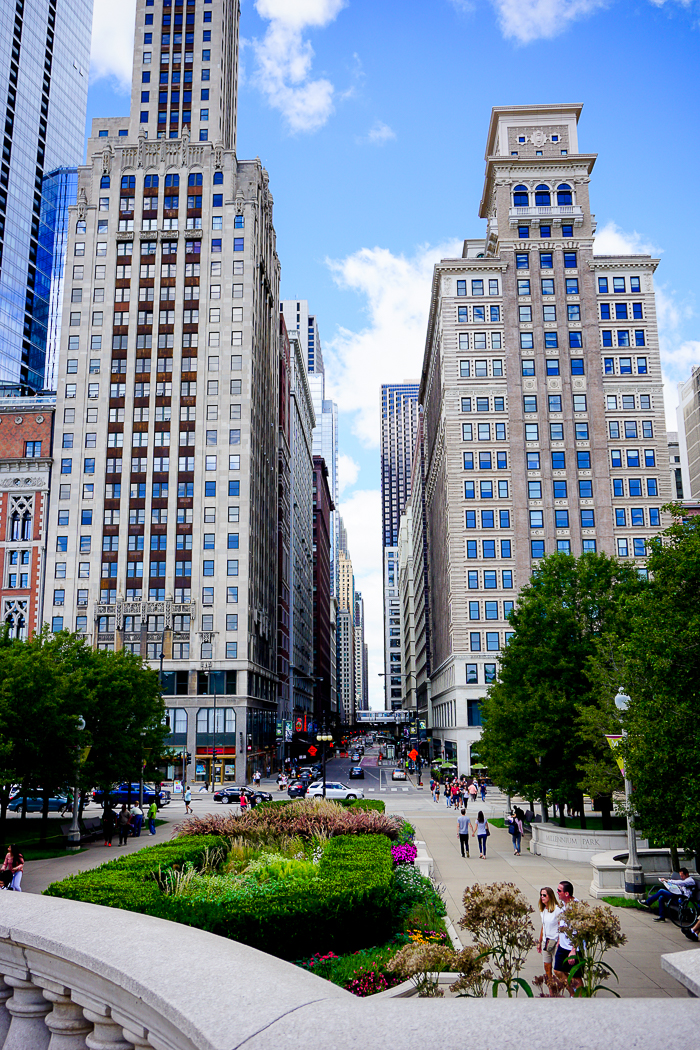 Why Everyone Should Experience A Chicago Summer - A summer trip to Chicago should definitely make it on your travel bucket list! So many fun things to do in the sun! | The Love Nerds #ad #NestleSplashOfFun