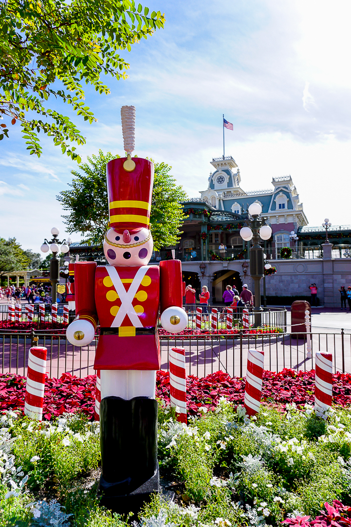 If you are a Disney Fan, experiencing the magic of Disney World at Christmas should definitely be on your travel list! Come see why!   The Love Nerds