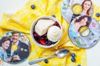 Sookie's Blueberry Shortcake Recipe - Make this tasty Gilmore Girls' recipe for your visit with old friends Lorelai, Rory, Emily, and all the Stars Hallows inhabitants! | The Love Nerds