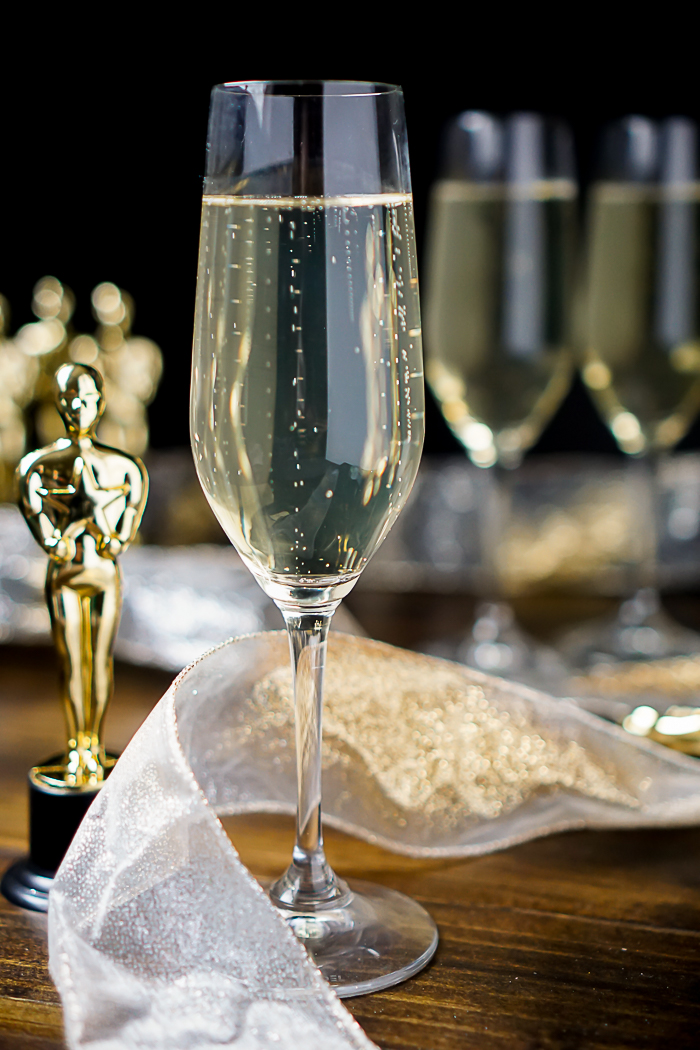 The Oscar! A Ginger Champagne Cocktail that is perfect for celebrating the Oscars, New Year's Eve, a new Engagement or just a fun date night at home! | The Love Nerds