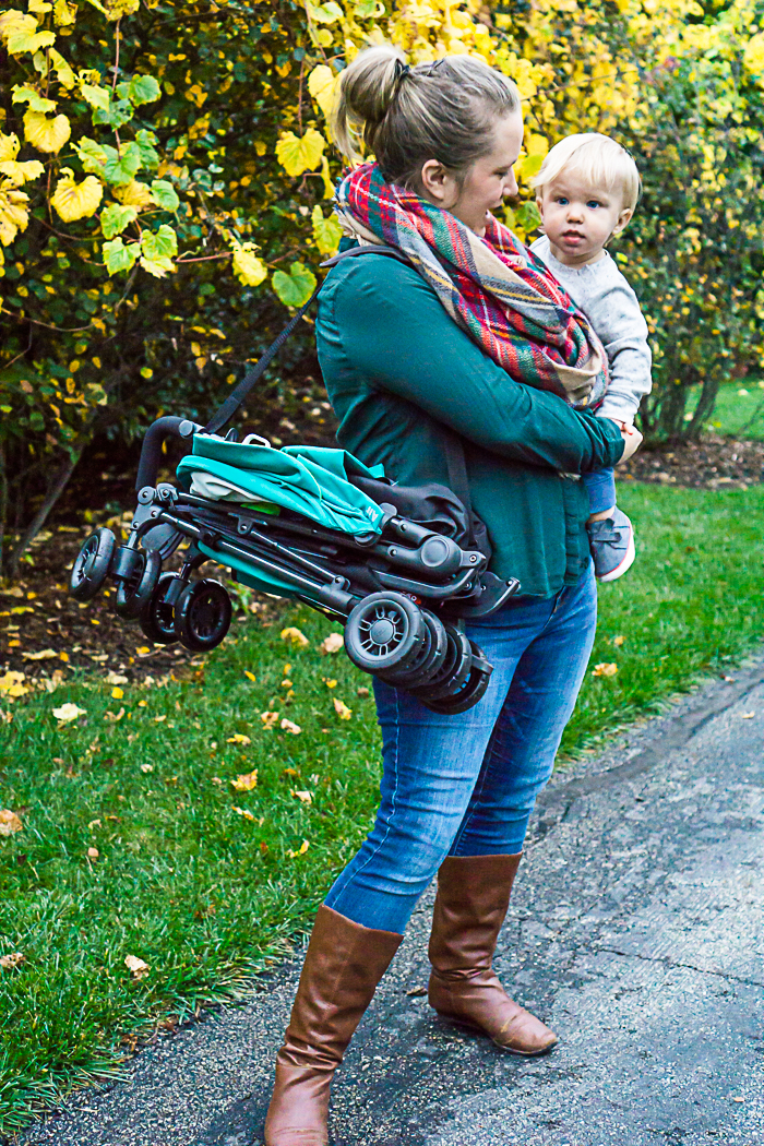 Lightweight Stroller Perfect for Family Outings