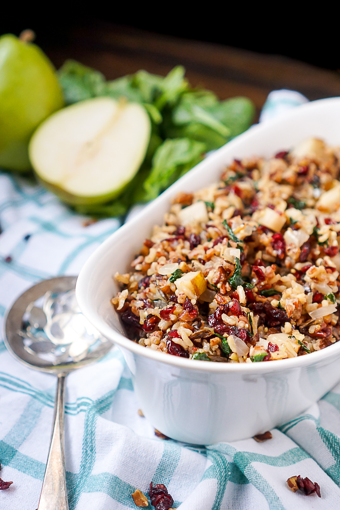 How to Make Spinach Rice with Cranberries and Pears