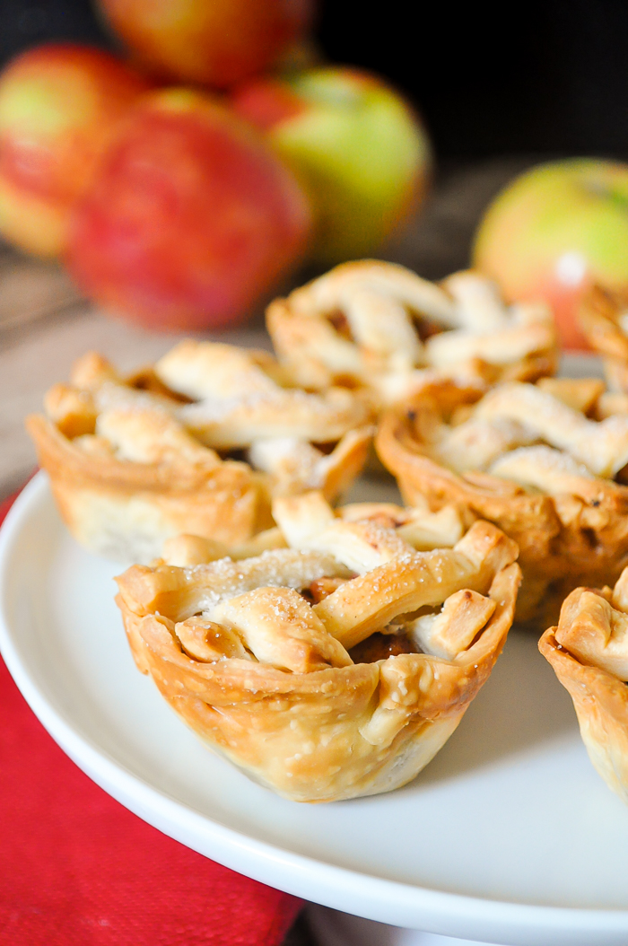 Individual Apple Pie Recipe - Perfect Thanksgiving Dessert