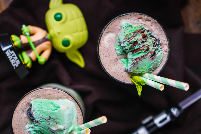 A decadent Star Wars drink recipe in honor of Yoda - a Mint Chocolate Chip Frozen Mudslide! This boozy milkshake recipe can be enjoyed as dessert or cocktail all year long!