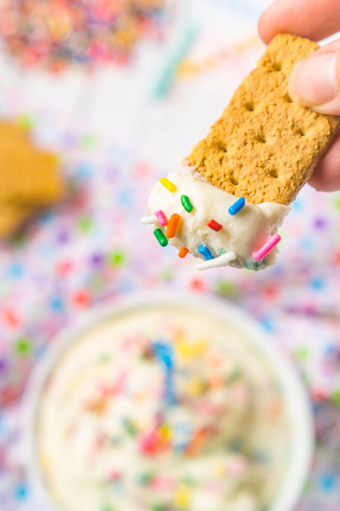 An Easy Funfetti No Bake Cheesecake Dip! This is the perfect dessert dip recipe for any birthday party or celebration!