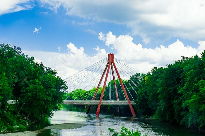 Interested in architecture, design or good family fun?! Then Columbus, Indiana is the perfect location for your next midwest weekend getaway!