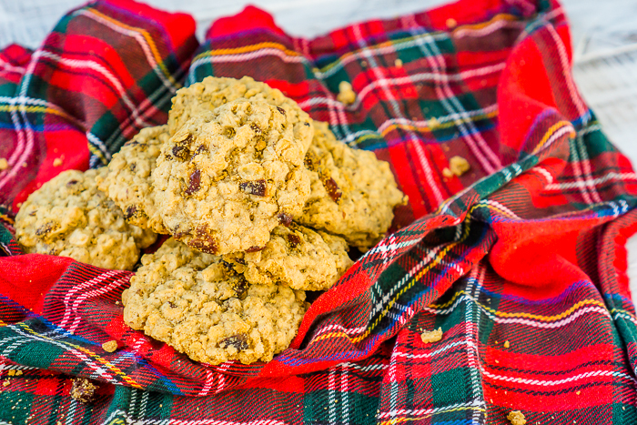 Delicious Cranberry Oatmeal Cookies that make the perfect holiday cookie for Thanksgiving sweets or Christmas dessert! Soft, chewy and full of flavor - everyone will love these cranberry cookies!