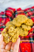 Delicious Cranberry Oatmeal Cookies that make the perfect holiday cookie for Thanksgiving sweets or Christmas dessert! Soft, chewy and full of flavor - everyone will love these cranberry cookies! | The Love Nerds
