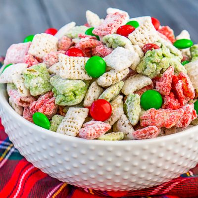 Reindeer Chow – A Festive Christmas Puppy Chow