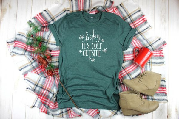 Celebrate Winter Wonderland with this winter design bundle!! These winter and snow files are perfect for making printable decor or cards, DIY Christmas gifts like tumblers or shirts, and even Christmas decor! Grab your winter SVG files and more now! | THE LOVE NERDS #svgfiles #diychristmasshirts #diychristmasprints #christmassvg #diychristmasgifts