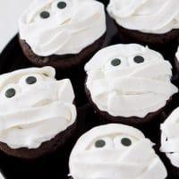 Mummy Halloween Cupcakes